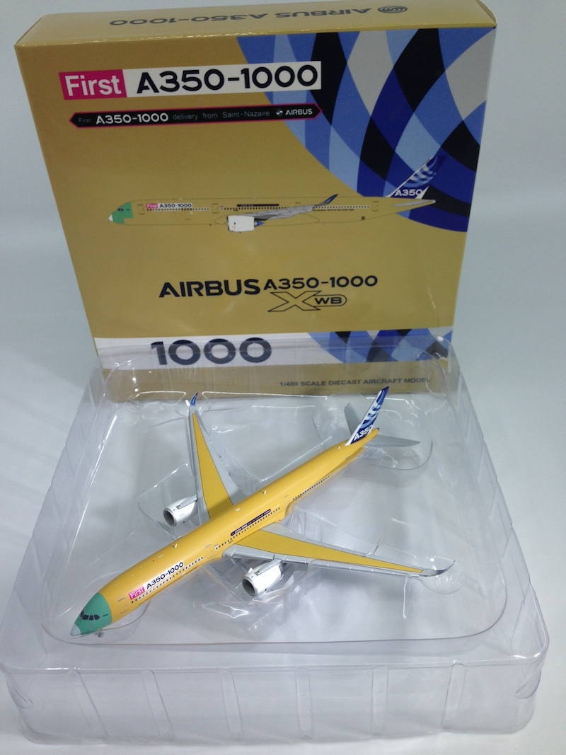 Airbus A350-1000 First A350-1000, Bare LIvery F-WMIL (1:400)
