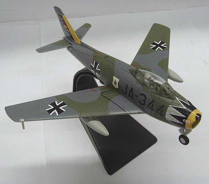 "Canadair CL-13 Sabre Mk.6 (F-86F-40), 2./JG 71 ""Richthofen,"" West German Air Force, Ahlhorn, 1963 (1:72)"
