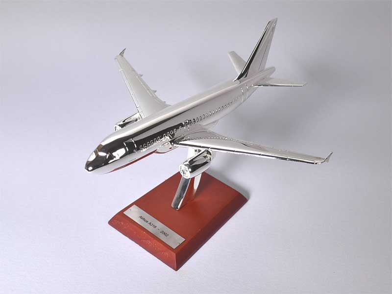 Airbus A318, 2002 (1:200) - Preorder item, order now for future delivery