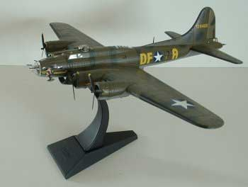 corgi helicopters with 34377 B 17f Flying Fortress Memphis Belle 1 72 on 222326127773 together with Detail likewise 736 as well 350383956001 also 350660682949.