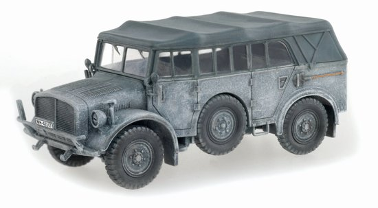 Heavy Uniform Personnel Vehicle Type 40, Unidentified Unit, Eastern Front 1941 (1:72)