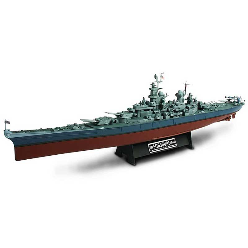Iowa Class Battleship Diecast Warship, USN, USS Missouri BB-63 (1:700)