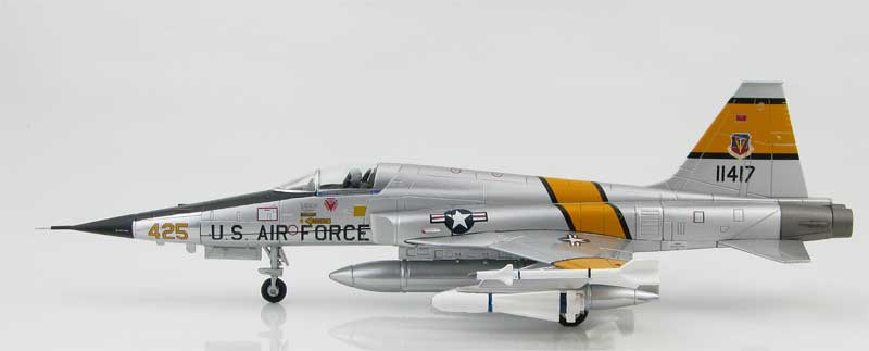 F-5E Tiger II, 71-1417, 58th Tactical Fighter Wing, Luke Air Force Base, Arizona, 1970s (1:72)