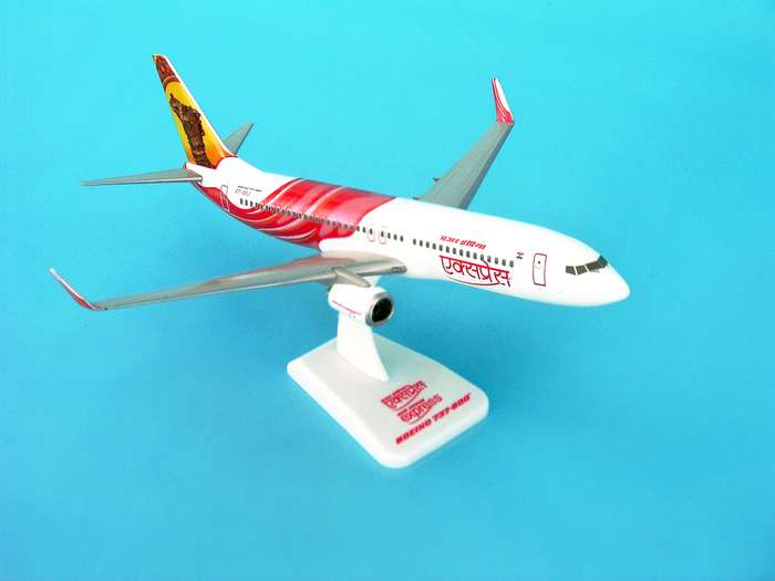 Air India Express 737-800W REG#VT-AXA (1:200) W/Gear