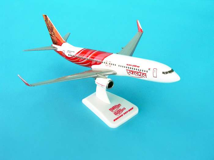 Air India Express 737-800W REG#VT-AXG (1:200) W/Gear