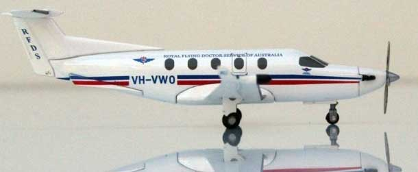 Royal Australia Flying Doctor Pilatus PC-12 (1:150) VH-VWO