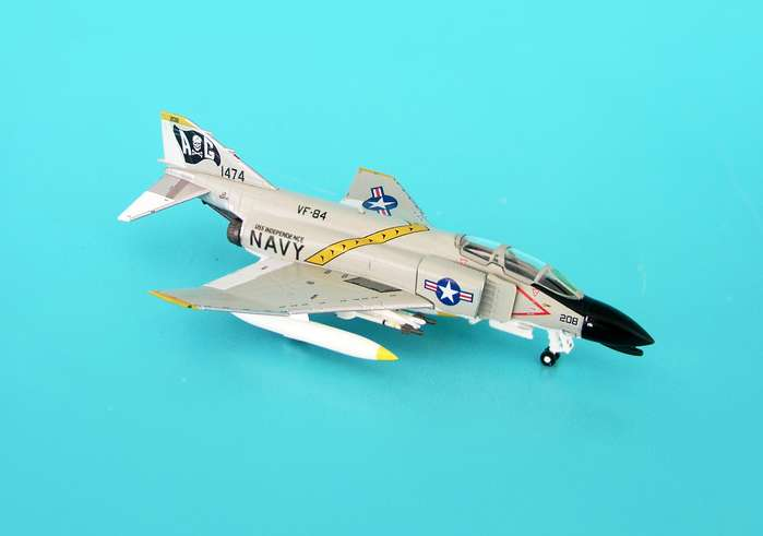 F-4B USN VF-84 Jolly Rogers Uss Independence (1:200)