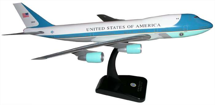 Air Force One B747-200 (1:200) With Gear