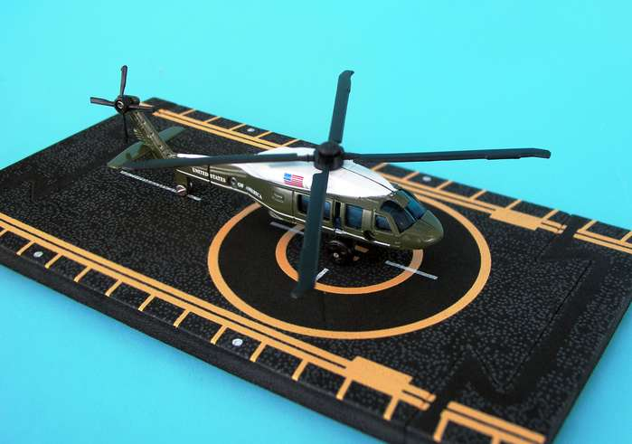 "Marine One UH-60 Presidential Helicopter (Approx. 5"")"