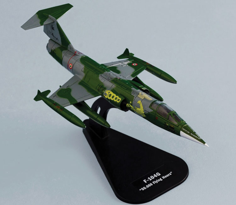 "F-104G Starfighter , ""50,000 Flying Hours"" (1:100)"