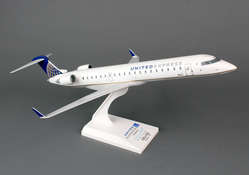 "United Express CRJ-700 ""GoJet"" (1:100) N163GJ ""Operated By GoJet Airlines"""