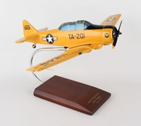 AT-6A Texan I (Yellow) USAF (1:32)