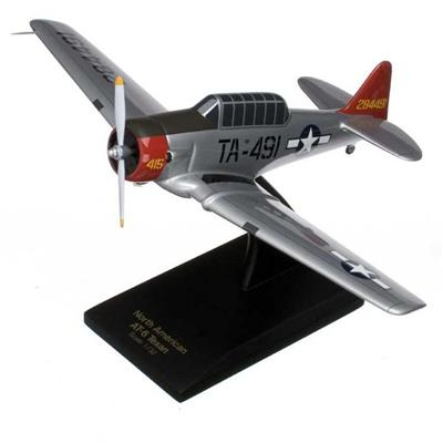 AT-6G Texan (Silver) USAF (1:32)