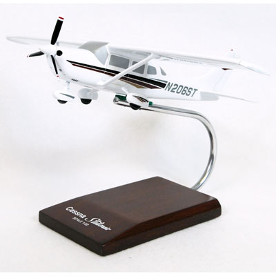 Cessna 206 Stationair (1:32)