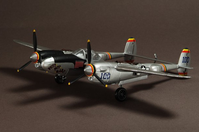 "USAAF P-38J Lightning 475th FG, ""Putt Putt Maru"", Mac McDonald (1:72)"
