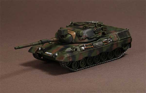 Leopard 1/A5, Panzer Battalion 74, Altengrabow, Germany, 2003 (1:72)
