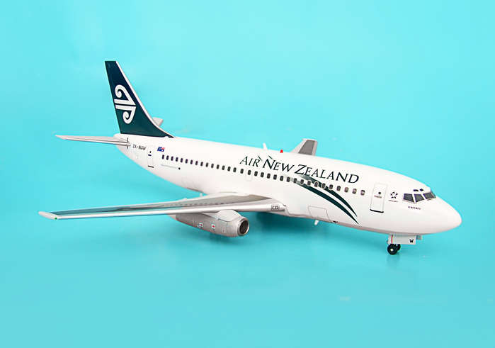 Air New Zealand 737-200 ~ZK-NAW (1:200)