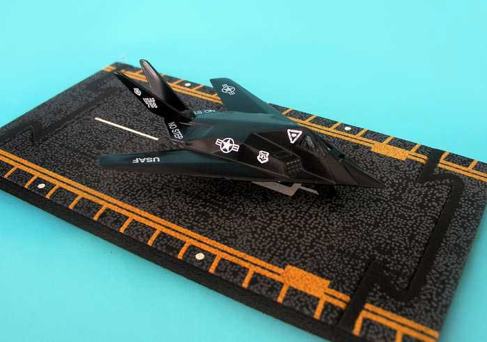 "F-117 Stealth Fighter (Approx. 5"")"