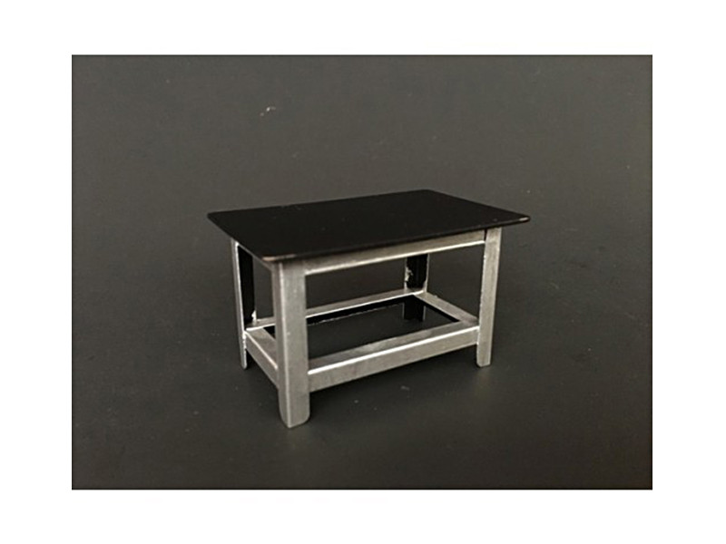 Metal Work Bench For 1:24 Scale Models by American Diorama