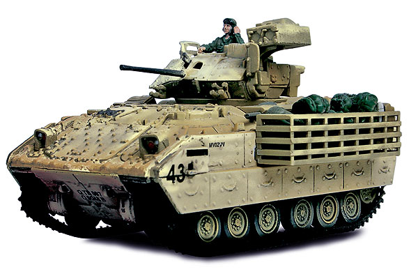 U.S. M3A2 Bradley Fighting Vehicle Baghdad 2003 (1:72)