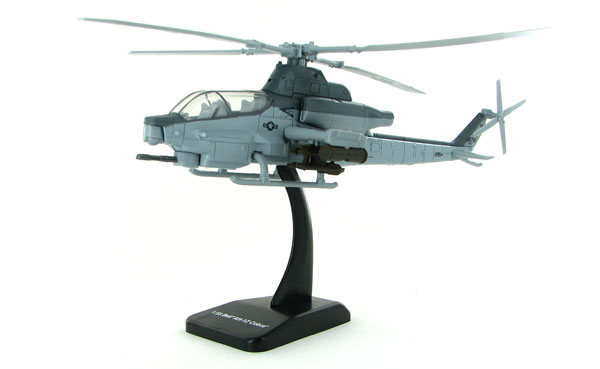 AH-1Z Bell Cobra Helicopter (1:55)