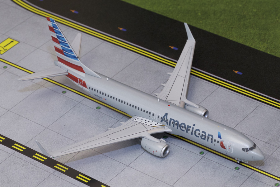 American B737-800 winglets New Livery N990AN (1:200)