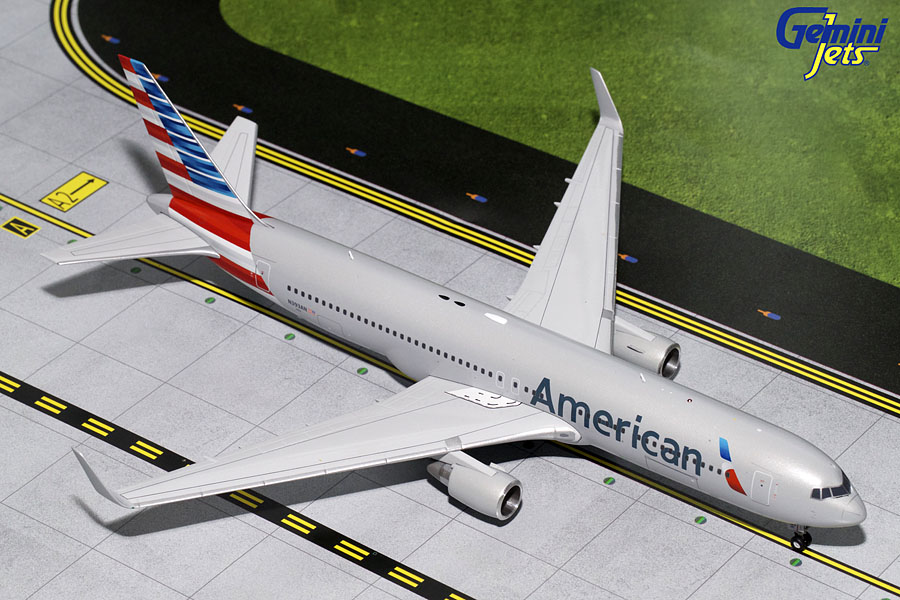 American B767-300(W) N393AN (1:200) - Preorder item, order now for future delivery