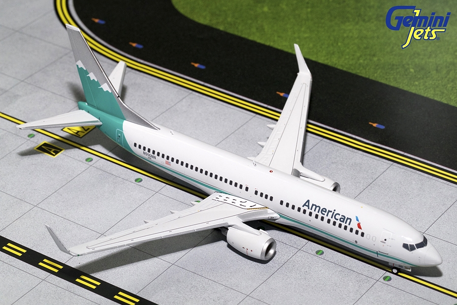 American Airlines B737-800 Reno Air Retro Livery N916NN (1:200) - Preorder item, order now for future delivery
