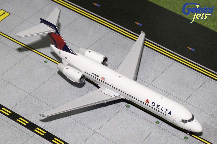 Delta Airlines B717-200 N891AT (1:200) - Preorder item, order now for future delivery