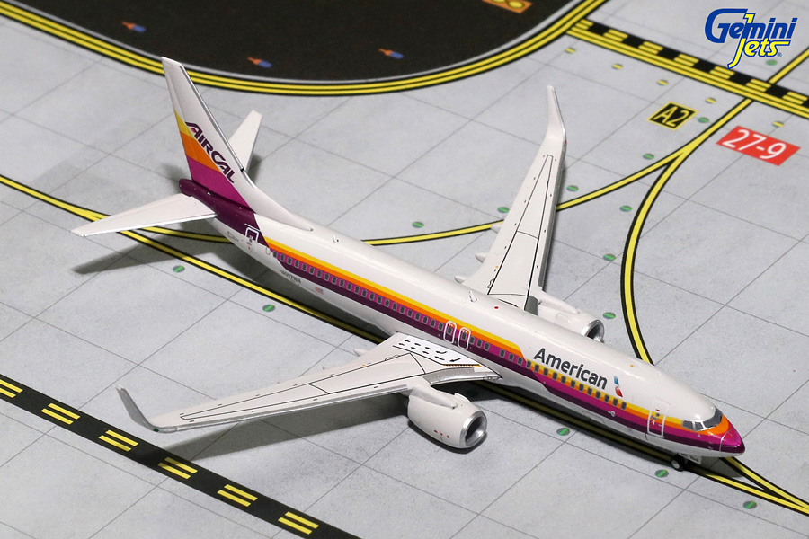 American Airlines B737-800 with Sharklets, AIRCAL Retro Livery N917NN (1:400)