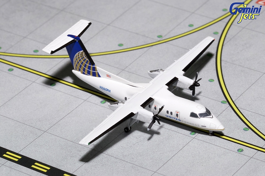United Express Dash 8-200 N365PH (1:400) - Preorder item, order now for future delivery