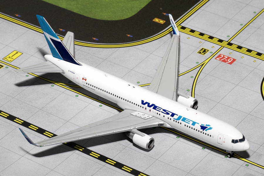 WestJet 767-300 with Winglets C-FOGJ (1:400)