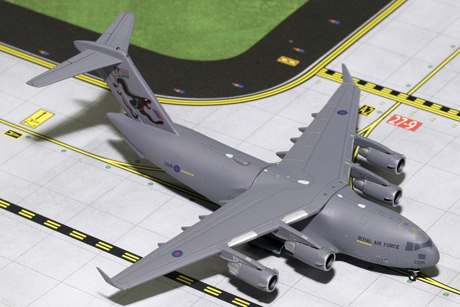 "RAF Boeing C-17 ""99 Squadron Years"" ZZ176 (1:400) - Preorder item, Order now for future delivery"