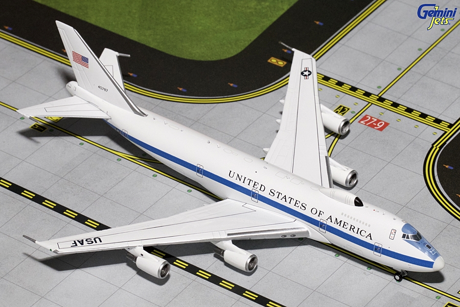 "USAF Boeing E-4B ""Flying White House"" with Antennas ""40787"" (1:400) - Preorder item, order now for future delivery"