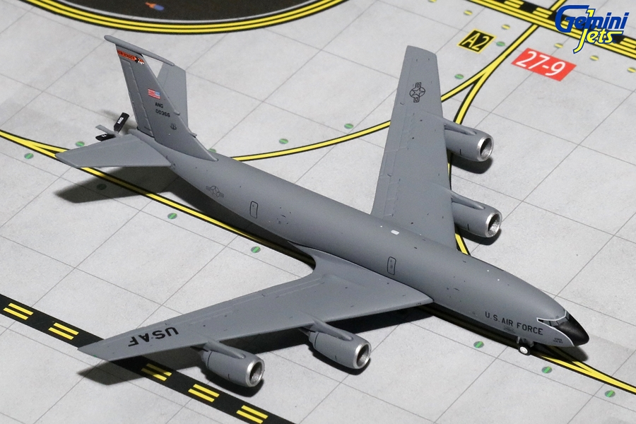 USAF KC-135R New Jersey Air National Guard 00366 (1:400)