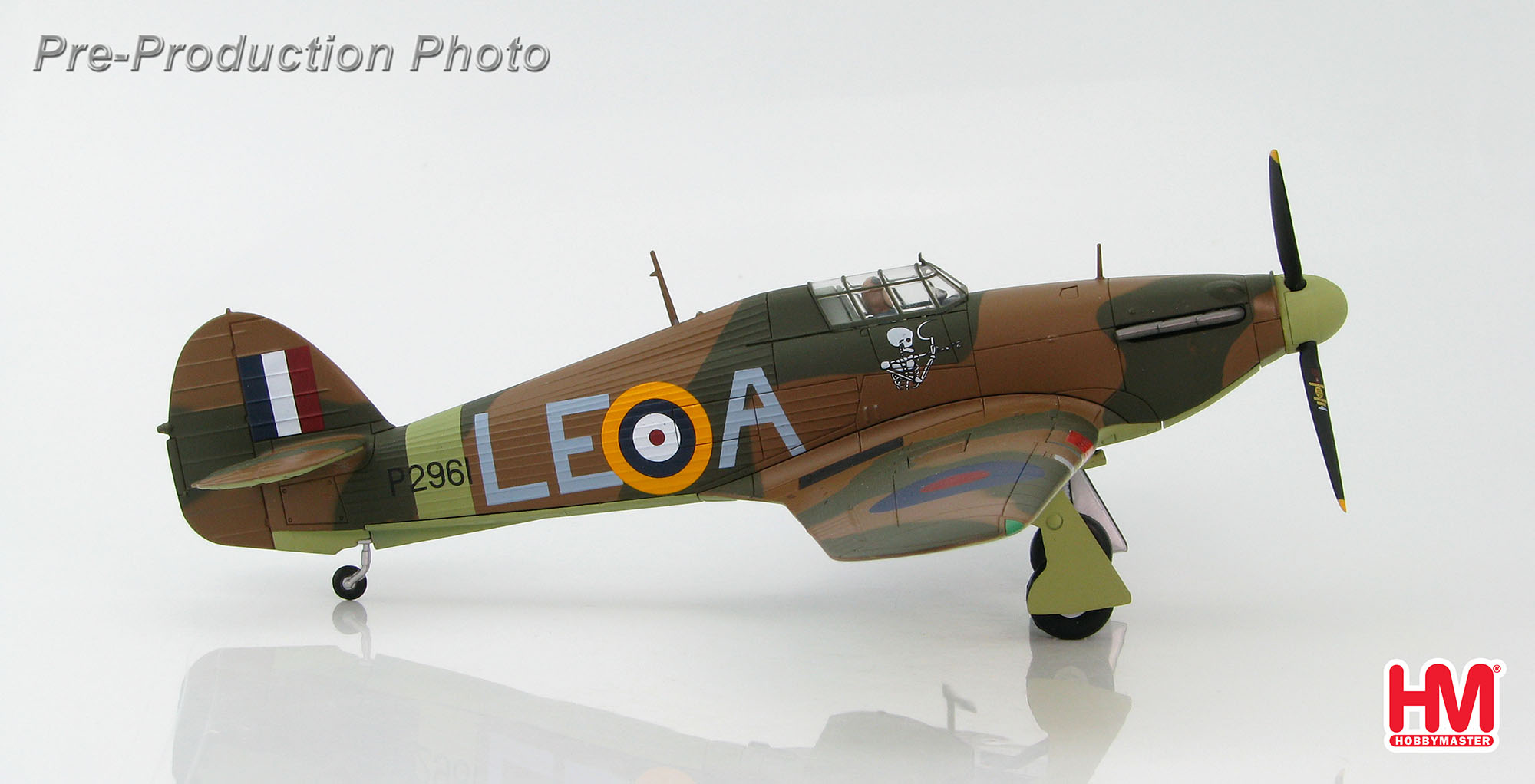 "Hawker Hurricane Mk.I, ""P2961,"" Flying Officer W.L. McKnight, #242 Squadron, RAF Coltishall, December 1940 (1:48)"