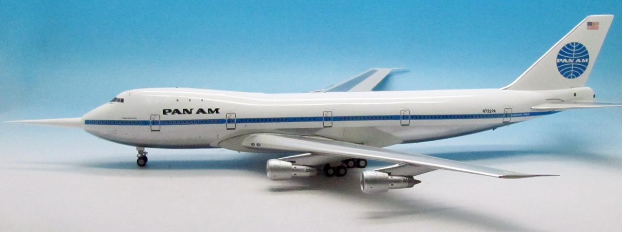 "Pan Am 747-100 N732PA ""Clipper Storm King"" N732PA (1:200) Includes 32 ft long probe used to measure wind gusts."