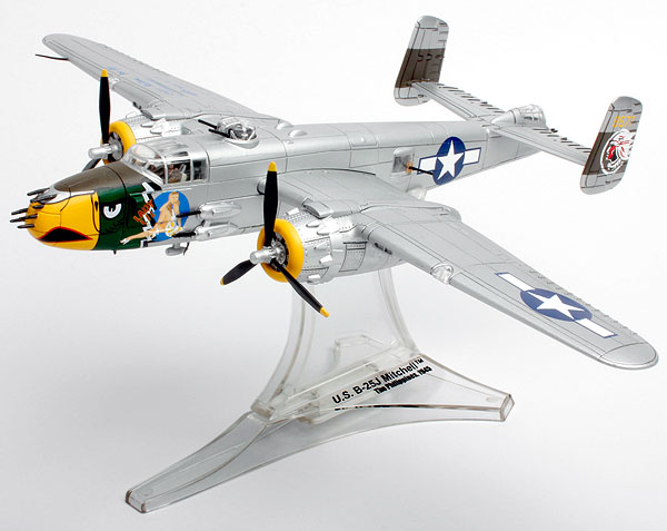 B-25J Mitchell Twin engine Bomber (1:72)