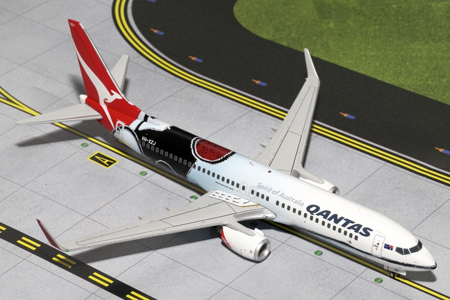 "Qantas B737-800W ""Mendoowoorrji"" Spirit of Australia VH-XZJ (1:200) - Preorder item, order now for future delivery"