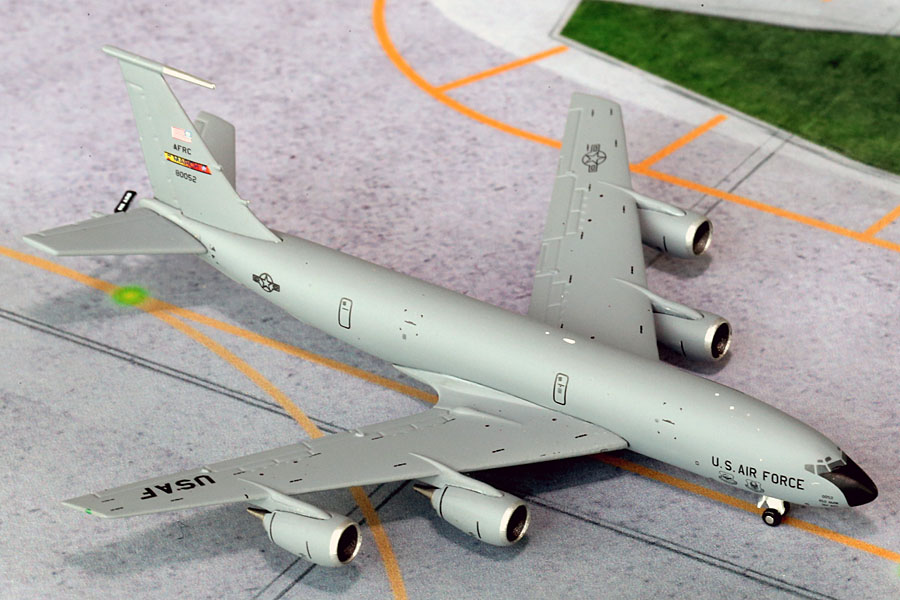 "USAF KC-135R ""March AFB"" 80052 (1:400) New Mould!"