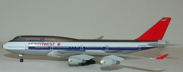 Northwest 747-400 1980's Colors, Polished, Reg: N661US (1:400)