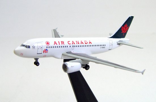 "Air Canada A319 ""Canada Loves New York"" (1:400)"