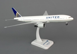 United 777-200 (1:200) With Gear, Post Contintental Merger Livery by Hogan Wings Collectible Airliner Models item number: HG4661G