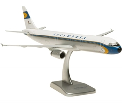 Lufthansa A321 1/200 Retro Colors,D-AIDV (1:200) by Hogan Wings Collectible Airliner Models item number: HGLH25