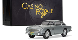 "James Bond - Aston Martin DB5  ""Casino Royale"" )1:36)"