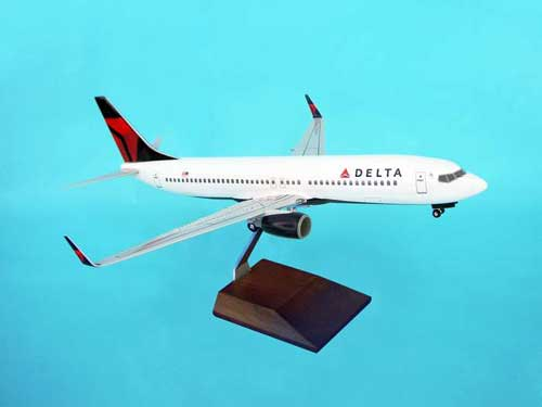 Delta 737-800 (1:100) W/Gear & Wood Stand Nc by Skymarks Supreme Desktop Aircraft Models item number: SKR8206
