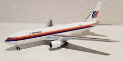 United 767-200 N613UA (1:400), AeroClassics Models, Item Number AC419403