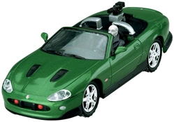 "Jaquar Xkr & Zao Figure ""Die Another Day""  (1:36), Corgi Entertainment Diecast Item Number CC07603"