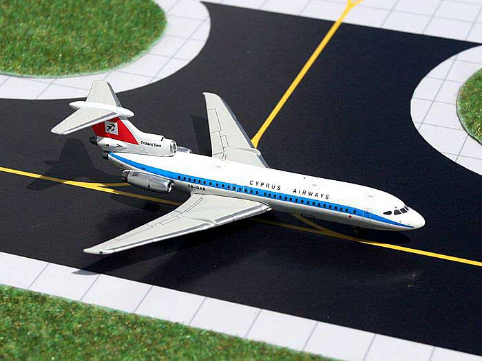 Cyprus Airways Hawker-Siddeley Trident 2E (1:400), GeminiJets 400 Diecast Airliners, Item Number GJCYP774
