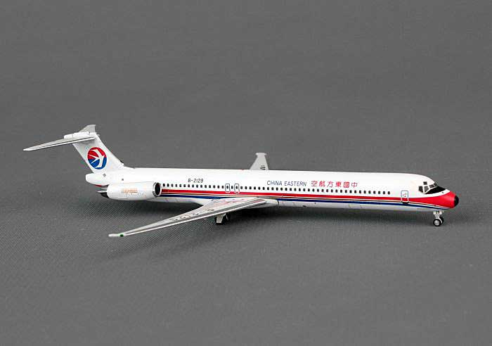 China Eastern MD-82 B-2129 (1:400), Phoenix 1:400 Scale Diecast Aircraft, Item Number PH4CES1070